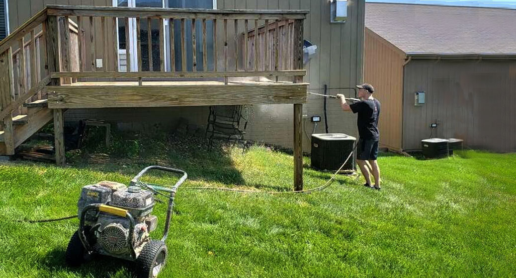 Deck Staining Service Powerwashing